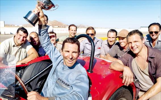 영화 '포드 V 페라리', 한계 속도에 도전한 카레이싱…美·유럽 자동차 자존심 대결