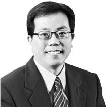 """""""30년 뒤엔 자유 의지 갖춘 '초인간 AI' 나온다"""""""