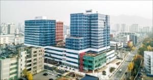 경기 안양시 평촌역 대형 지식산업센터 구내식당