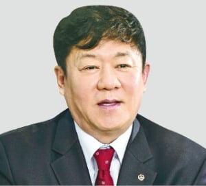 김윤식 회장