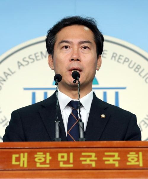 불출마 선언하는 한국당 김영우 의원  /연합뉴스