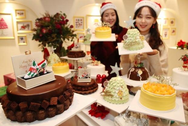 파리바게뜨, '크리스마스 케이크 살롱'서 '앤디 워홀 케이크' 만나세요~