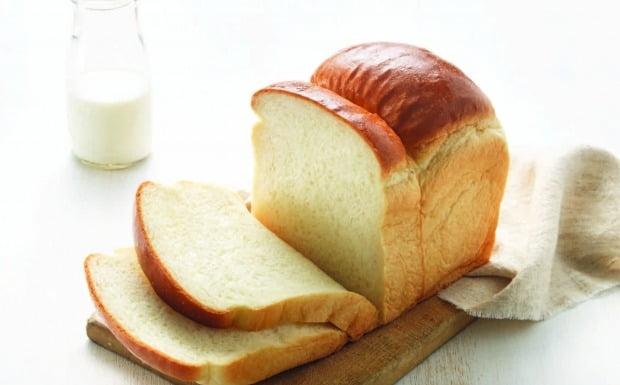 맘카페 '식빵교환'으로 각광받는 뚜레쥬르 우유식빵. 뚜레쥬르 제공.