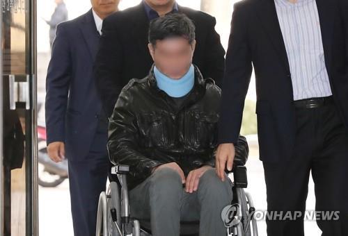 '웅동학원 채용비리·위장소송' 조국 동생 오늘 첫 재판