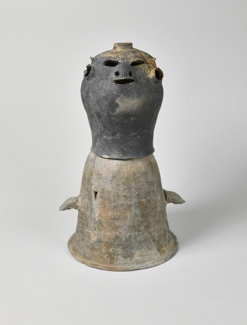 5세기 사람 모양 시루 뚜껑 경산서 출토