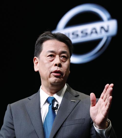 """닛산차 새 사장 """"회사 독립성 유지 원해""""…르노 경영통합 난망"""