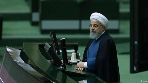 """이란대통령, 美제재에 '저항 예산' 수립…""""석유 의존도 축소"""""""