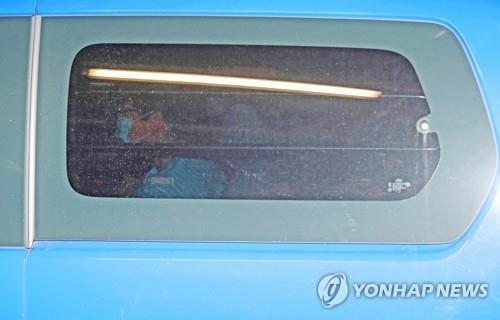 박근혜 '국정농단'·'특활비' 파기환송심 묶어서 재판한다