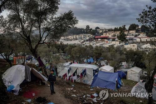 """교황, 그리스 거주 난민·이주민 43명 수용키로…""""깊은 연대감"""""""