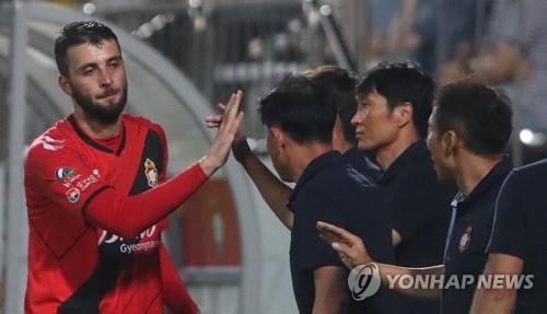 5년 만의 K리그1을 향해!…부산, 경남과 승강 PO '낙동강 더비'