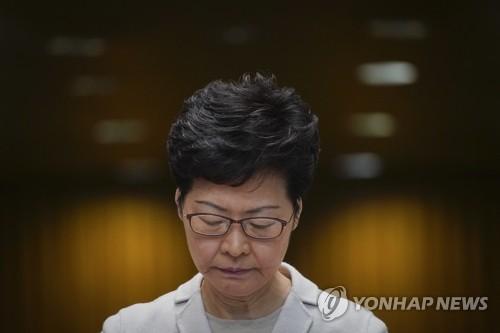 """""""홍콩 캐리 람, 오는 16일 중국 방문…시진핑과 회동""""(종합)"""