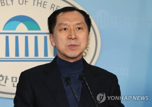 """경찰 """"김기현 동생 도피로 지방선거 근접 시기까지 사건 진행""""(종합)"""