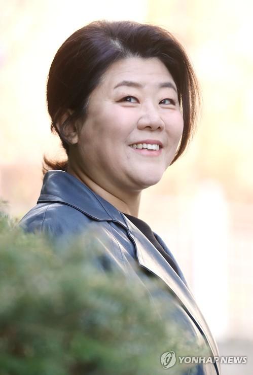 """이정은 """"'동백꽃 필 무렵', 다각적 엄마 모습 보여줘 의미"""""""