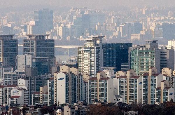 남산에서 바라본 서울 시내의 모습. 연합뉴스