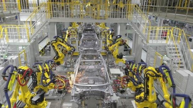 기아차 인도공장에서 자동차가 생산되고 있다. 사진=기아자동차