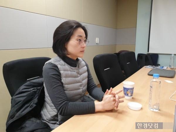 신지예 녹생당 공동운영위원장이 정치 현안과 청년 정치의 미래에 대해 이야기하고 있다. /사진=조준혁 한경닷컴 기자