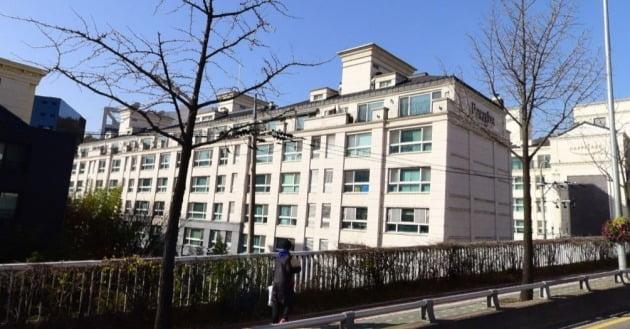 서울 한남동 한남파라곤(옛 한남연립 729) 아파트. 이 단지 조합이 낸 헌법소원심판에 대해 헌법재판소는 지난해 12월 재건축 초과이익환수제가 헌법에 위배되지 않는다는 결정을 내렸다. 네이버거리뷰 캡처