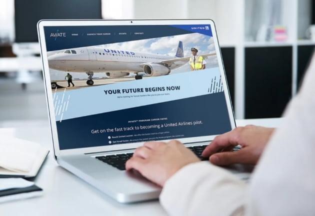 칼하트의 유나이티드 항공 안전복은 국동이 만든 제품이다. (사진 = 유나이티드 항공 홈페이지)