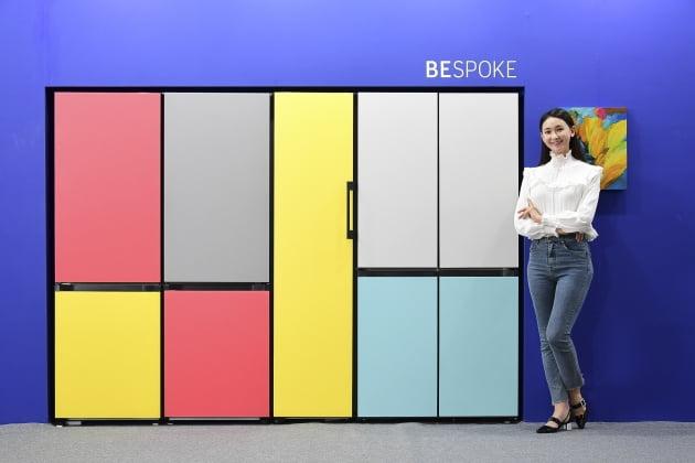 삼성전자가 작년 6월 공개한 프로젝트 프리즘 1탄 비스포크 냉장고. 한경DB