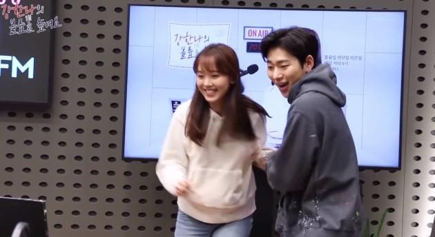 강한나 지코와 '아무노래' 챌린지 /사진=KBS CoolFM 유튜브 채널