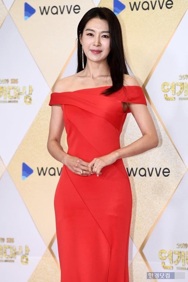[포토] 배정화, '아름다운 모습에 시선강탈~' (2019 SBS 연기대상)