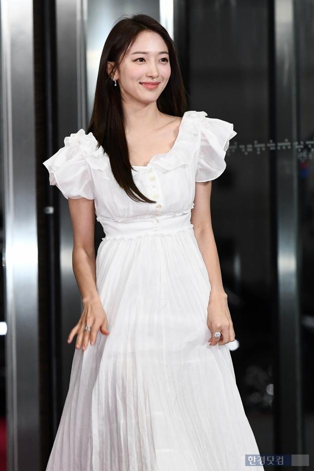 [포토] 표예진, '예쁜 미소로 등장~' (2019 SBS 연기대상)