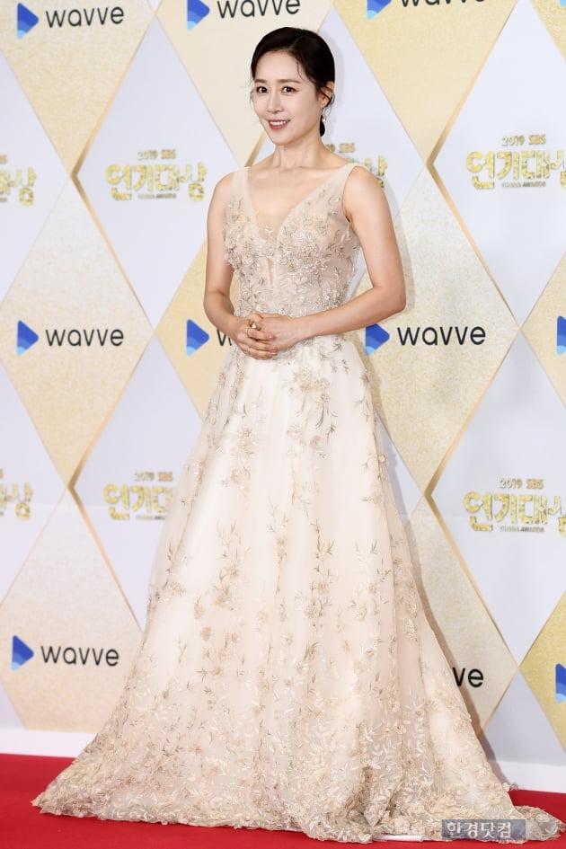 [포토] 문정희, '우아함 그 자체~' (2019 SBS 연기대상)