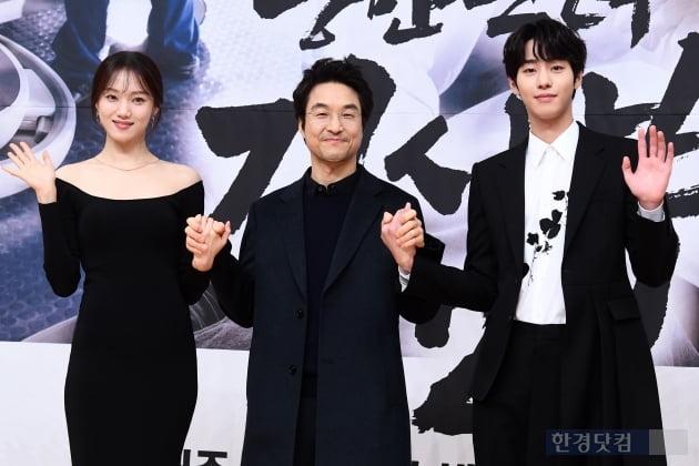 [포토] 이성경-한석규-안효섭, '낭만닥터 김사부2' 기대해 주세요~