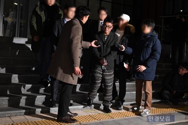 [포토] 김건모, '질문은 죄송합니다'