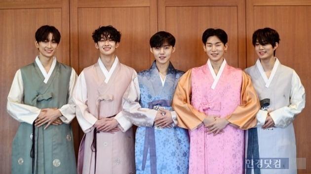 그룹 2Z 한복 인터뷰 /사진=최혁 기자 /의상=허수미 한복