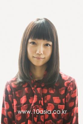 [PIFF+10] 미야자키 아오이는 아직도 엄마한테 어리광을 부리는 딸이다