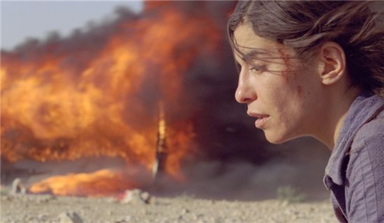 영화 <그을린 사랑>│여자의 일생이 남긴 위대한 유산