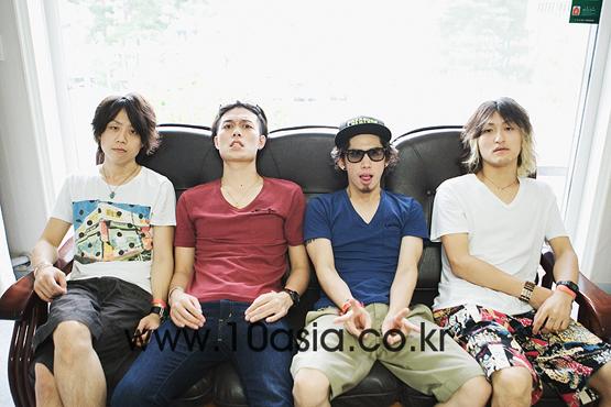 """2011 지산│ONE OK ROCK """"한국에서의 라이브 엄청 즐거웠다"""""""