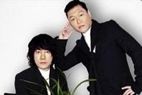 싸이와 김장훈, 지난 10일 싸이의 행사 무대에서 '소주 러브샷'과 함께 화해