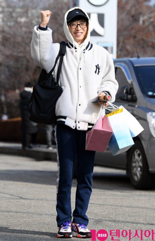 유재석이 11일 오후 서울 여의도동 KBS별관에서 열리는 '해피투게더4' 녹화 방송에 참석하고 있다.