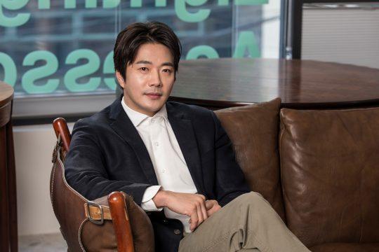 영화 '히트맨'에서 웹툰 작가가 된 암살요원 준으로 열연한 배우 권상우. /사진제공=롯데엔터테인먼트