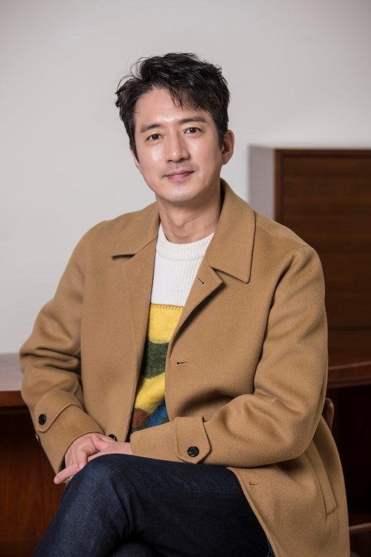 영화 '히트맨'에서 국정원 악마교관 덕규로 열연한 배우 정준호. /사진제공=롯데엔터테인먼트