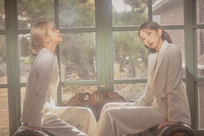 마마무 솔라X케이시, 신곡 '이 노랜 꽤 오래된 거야` 1분 라이브 티저 공개