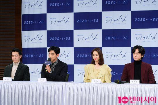 장준호 PD(왼쪽부터), 배우 옥택연, 이연희, 임주환