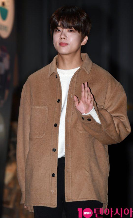 B.A.P 영재가 23일 오후 서울 여의도 한 음식점에서 열린 KBS 수목드라마 '99억의 여자' 종방연에 참석하고 있다.