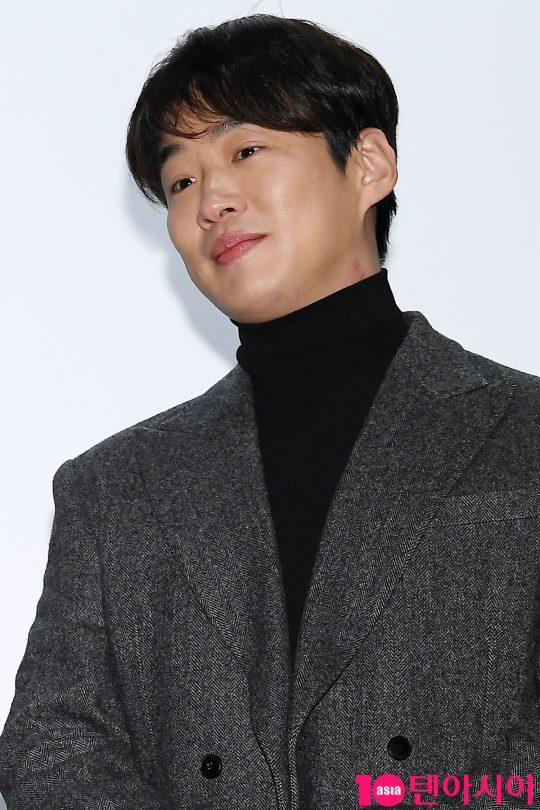 배우 안재홍