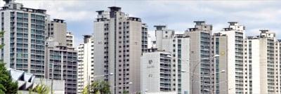 '12·16 대책' 약발 나타나나…재건축 이어 준신축 아파트값도 2억 하락