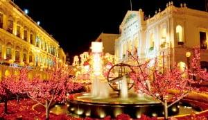 마카오의 중심지이자 역사지구 관광의 출발점인 세나도 광장  인터파크투어 제공