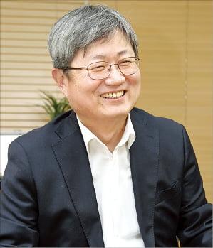 """[CEO와 톡&톡] 남인봉 아이마켓코리아 대표 """"소통은 조직내 불신·두려움 없애는 것"""""""