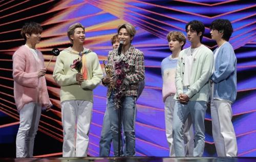 """BTS, 골든디스크 음반도 대상…""""아티스트 노력 정당하게 가닿길"""""""