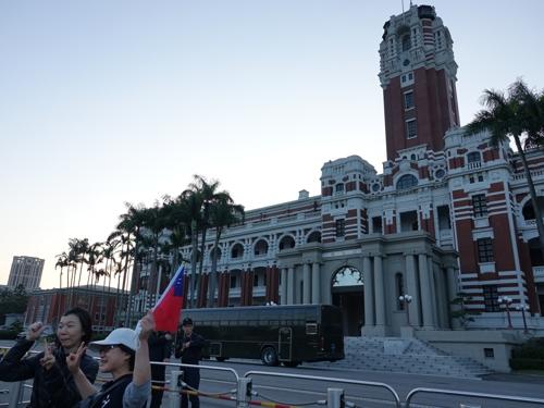 [르포] 대만 총통부 앞 집결한 수십만 한궈위 지지자들(종합)