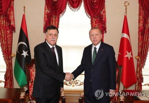 터키 에르도안, 리비아 알-사라즈 총리 접견