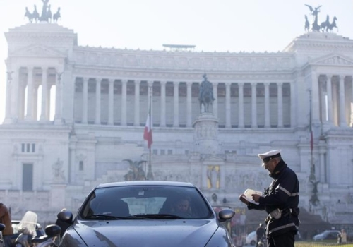 대기오염에 비상걸린 이탈리아 로마, 경유 차량 운행 금지(종합)