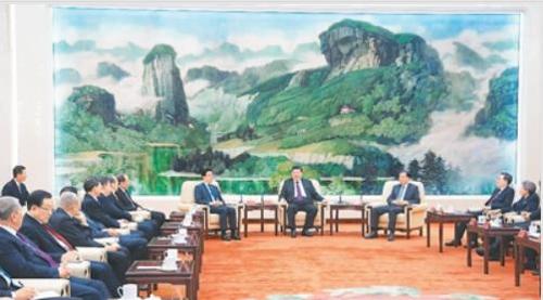 시진핑, 춘제 앞두고 당외 인사들에 '中공산당 영도력' 강조