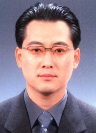 '전두환 형사재판' 부장판사 사직…재판 차질 예상